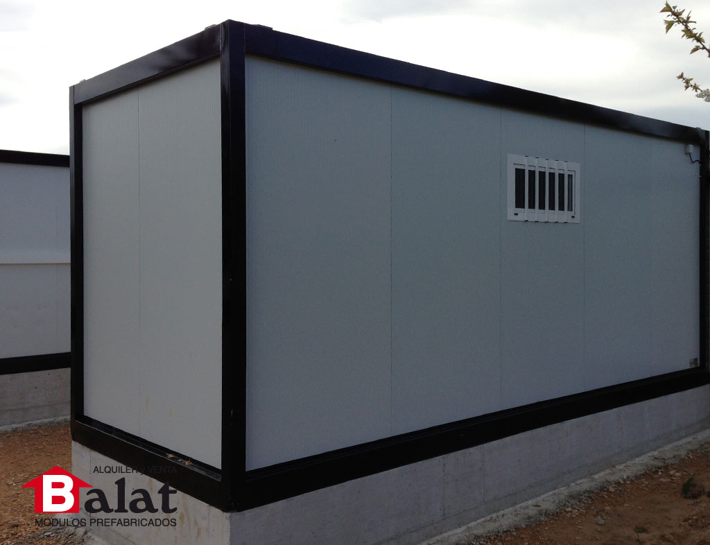Vestuarios prefabricados y sanitarios para camping acedo for Construccion de modulos comerciales