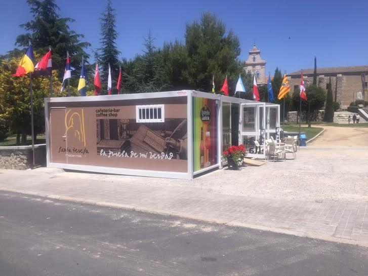 balat bar prefabricado y tienda de souvenirs balat
